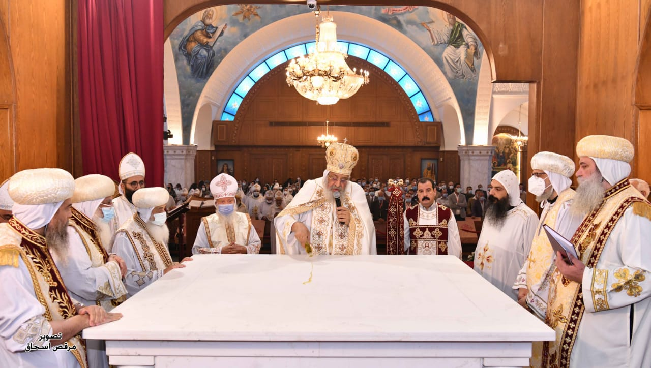 قداسة البابا تواضروس الثاني يدشن كنيسة السيدة العذراء والأنبا أنطونيوس بمدينة بدر